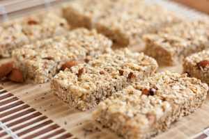 Chewy Almond Poppy Seed Granola Bars Recipe