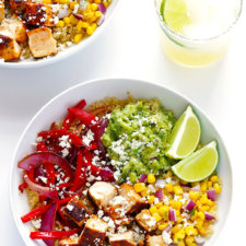 Chicken Quinoa Burrito Bowls Recipe