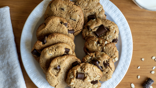 Peanut Butter & Oats Chocolate Chip Cookies Recipe