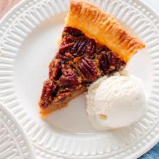 Naturally Sweetened Pecan Pie Recipe