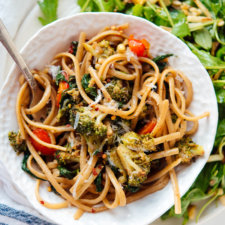 Spinach Pasta with Roasted Vegetables Recipe