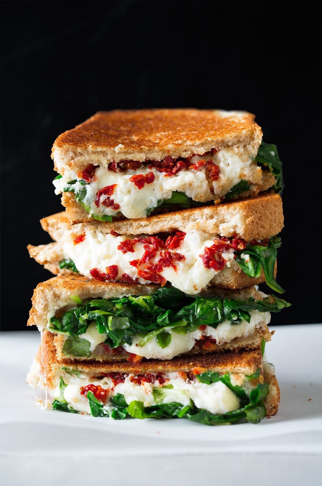 Sun Dried Tomato Spinach and Ricotta Grilled Cheese Recipe