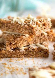 3 Ingredient Slow Cooker Dulce de Leche Rice Krispie Bars Recipe