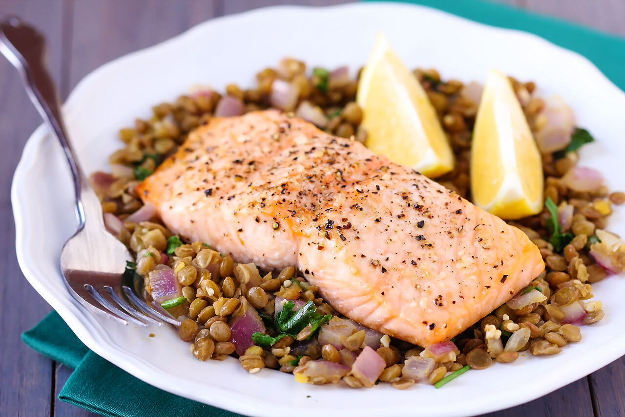 Baked Salmon & Lentils Recipe