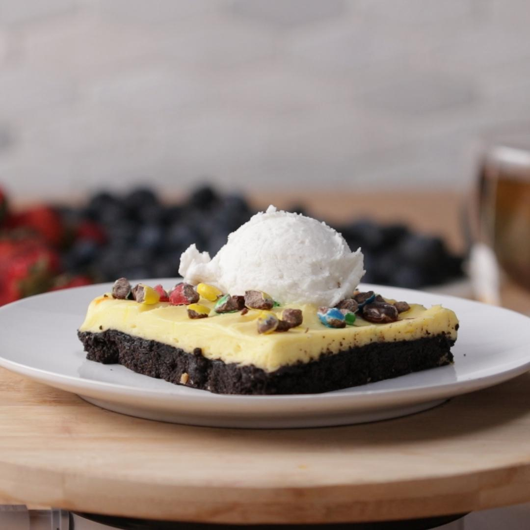 Chocolate Candy Pie Bar