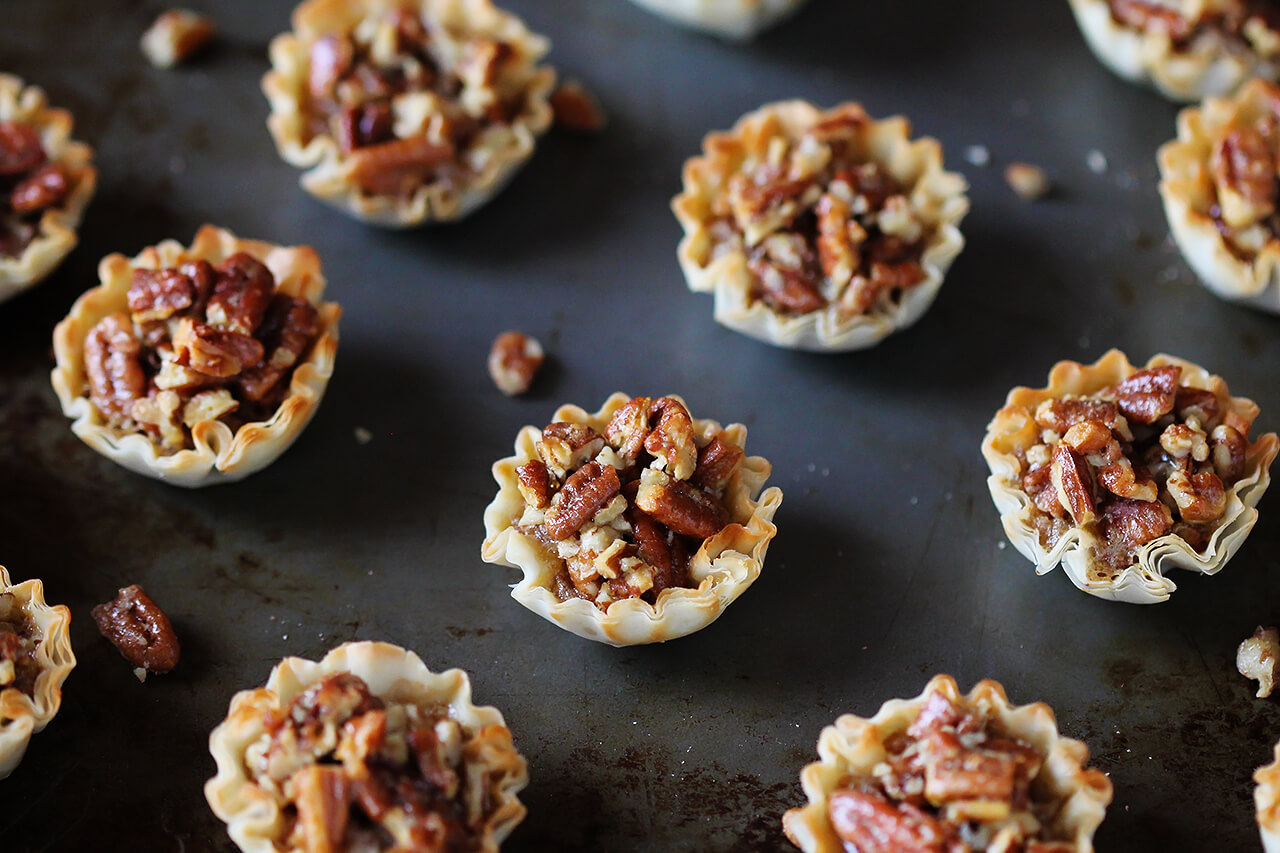 Easy Mini Pecan Tarts Recipe
