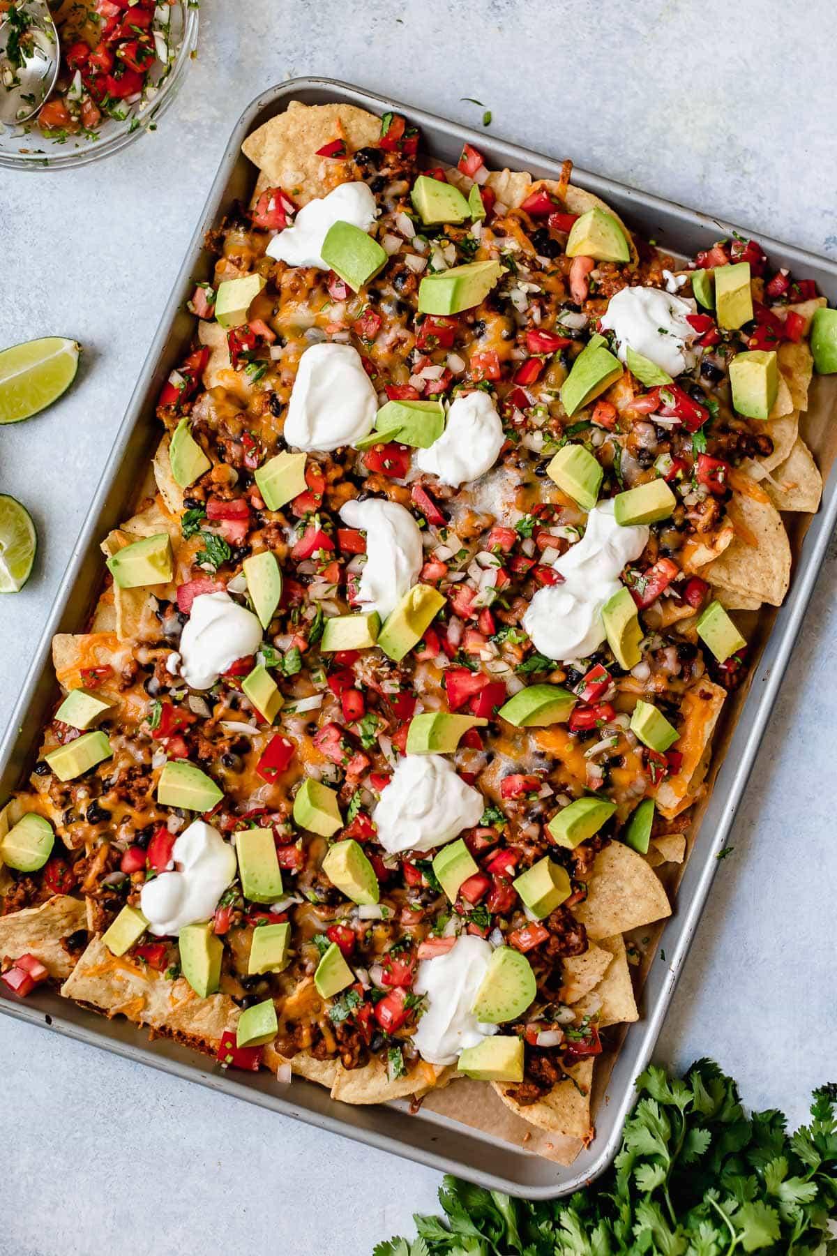 Easy Mexican Nachos Recipe