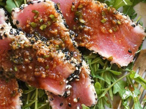 sesame crusted tuna steak on arugula recipe