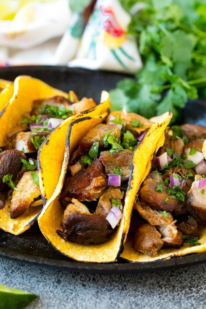 Slow Cooker Carnitas Tacos Recipe