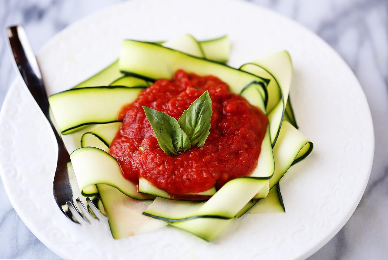 Zucchini Pasta with Raw Marinara Sauce Recipe