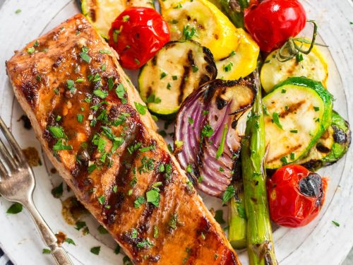 5 ingredient marinated grilled salmon recipe