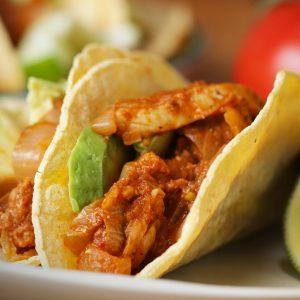 Chicken Tinga Tacos (Tinga De Pollo) Recipe