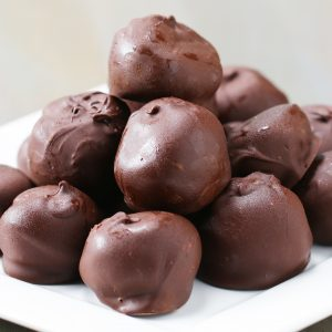 Chocolate Peanut Butter Oat Balls Recipe