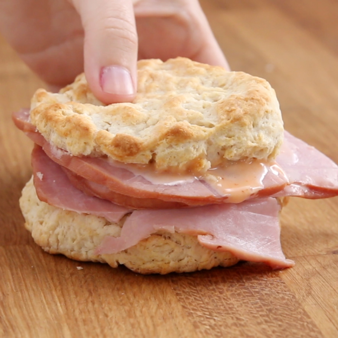 Country Ham Biscuits With Honey Sriracha Mayo Recipe