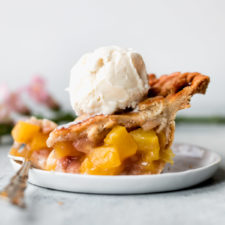 Ginger Peach Pie Recipe