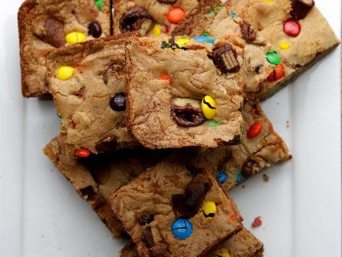 halloween candy cookie bars recipe