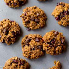 Healthy Pumpkin Chocolate Chip Oatmeal Cookies Recipe