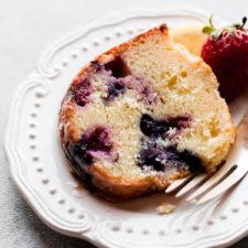 Lemon Berry Yogurt Cake Recipe