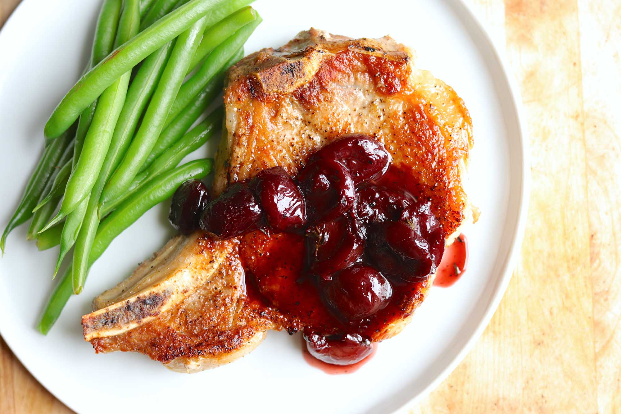Pork Chops with Cherry Pan Sauce Recipe