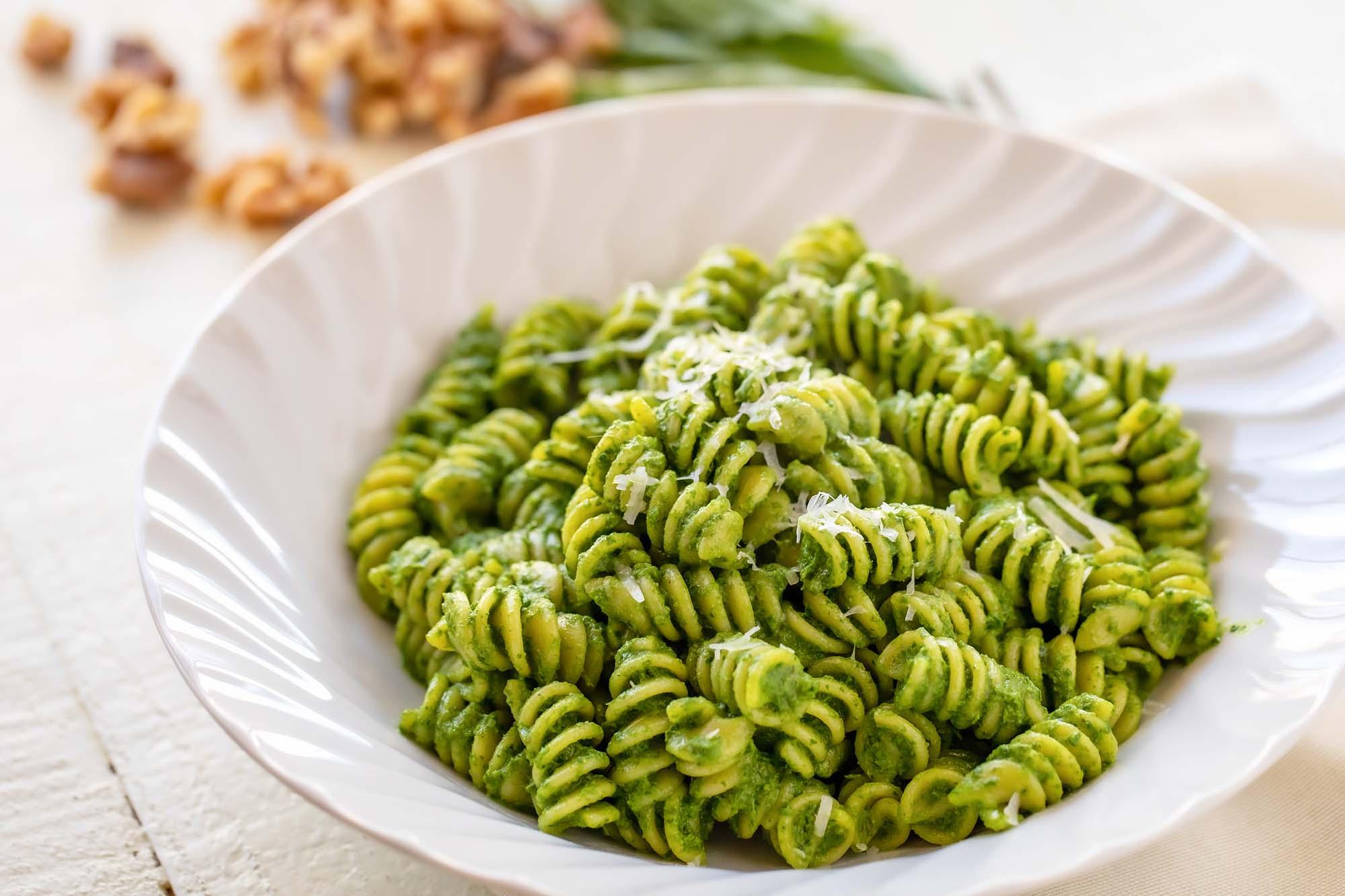 Rotini Walnut Pesto Recipe