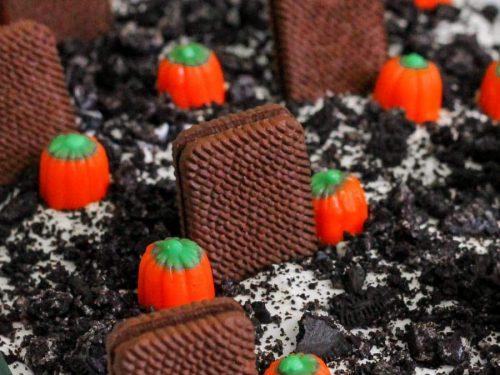 graveyard dirt cake recipe