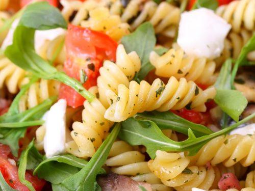 healthy arugula and goat cheese pasta salad