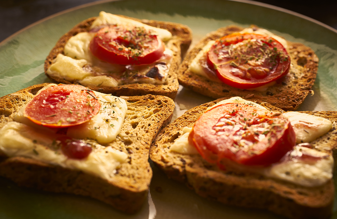 Tomato and Goat Cheese Toast Recipe