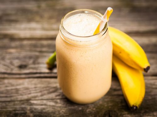fresh banana yogurt smoothie