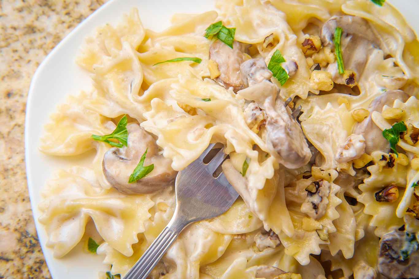 Pasta with Goat Cheese & Mushrooms Recipe