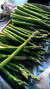 Roasted Asparagus with Garlic and Herbs Recipe