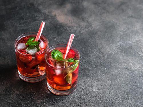 cold strawberry lemonade