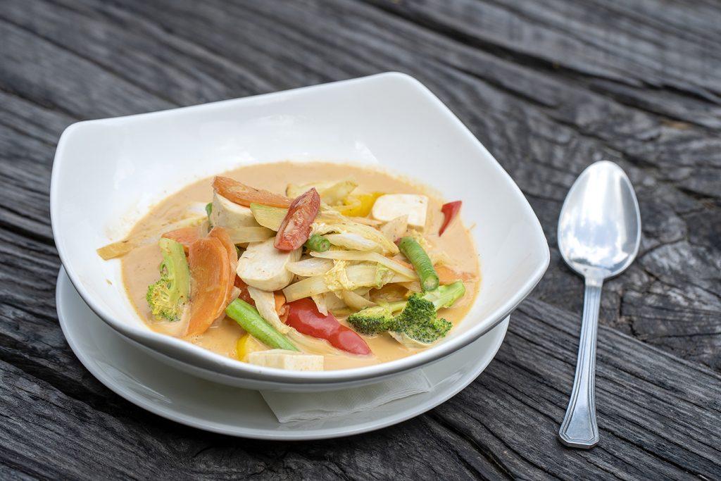 healthy thai vegetable curry