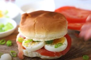 Egg Tomato and Scallion Sandwich Recipe