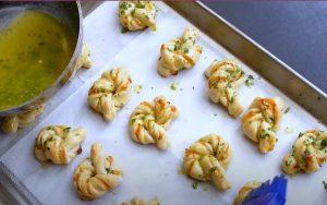 Rosemary Garlic Knots Recipe