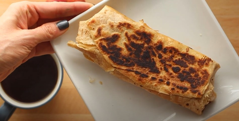 make-ahead feta and spinach breakfast wraps recipe