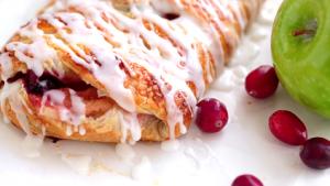 Apple Cheese Danish Bars Recipe