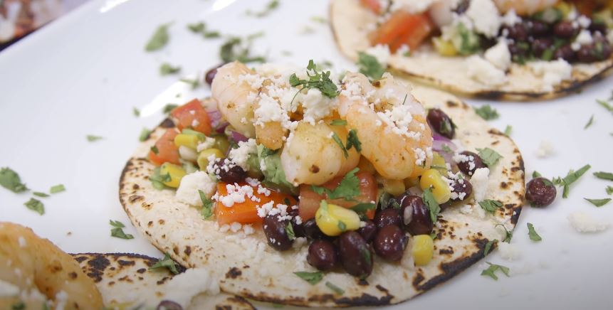 blackened cajun shrimp tacos with avocado salsa recipe