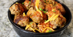 Cheesy Slow Cooker Sausage Balls Recipe