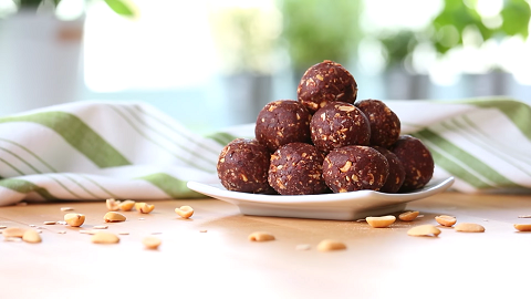 chocolate peanut butter energy bites recipe