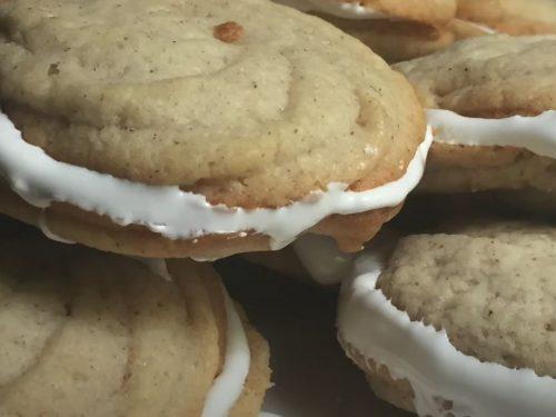Cinnamon Spritz Sandwich Cookies Recipe