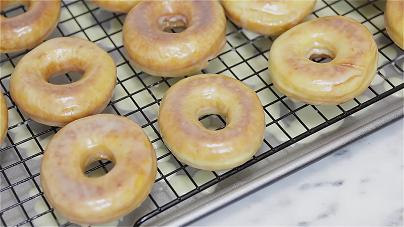 copycat krispy kreme glazed doughnuts recipe