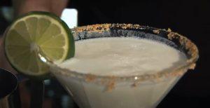Easy Key Lime Pie Martini Recipe