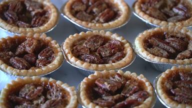easy pecan pie tassies recipe