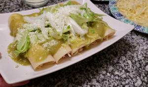 Enchiladas Verdes Con Pollo Recipe