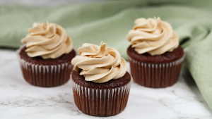 Fudge Brownie Cupcakes with Peanut Butter Frosting Recipe