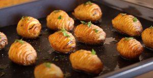 Garlic Butter Hasselback Potatoes Recipe