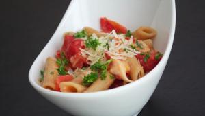 Penne Tomato Mozzarella Pasta Recipe