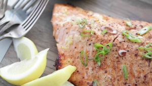 Salmon with Red Wine Sauce Recipe