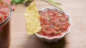 Slow Cooker Restaurant Style Garden Salsa Recipe