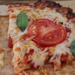 zucchini pizza with roasted garlic sauce recipe